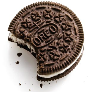 http://oboerista.files.wordpress.com/2007/11/oreo_cookie.jpg